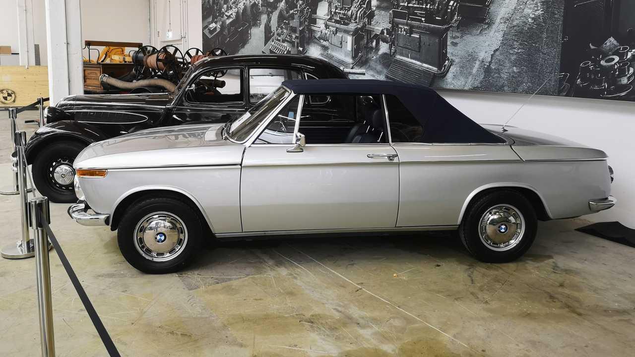 BMW 2002 Cabriolet (1968 - 1971)