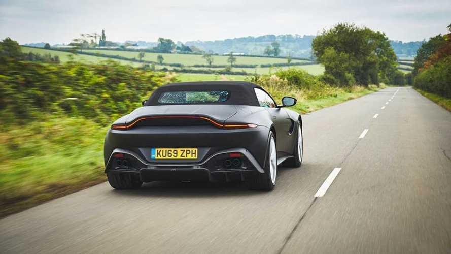 Aston Martin montre la Vantage Roadster !