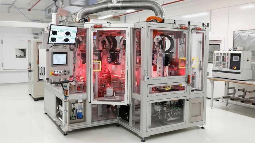 Batteriezellen-Fertigung in Salzgitter von VW: Pilotlinie eröffnet