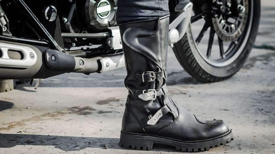 5 Best Motorcycle Boots (2021 Review)