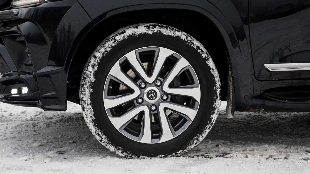 Toyota Land Cruiser 200 Khann HRS – колесо