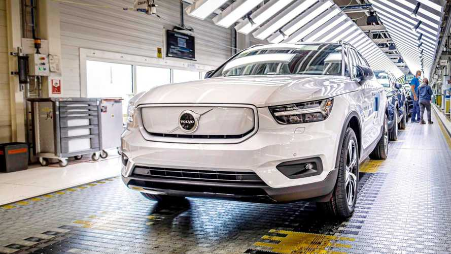 Volvo XC40 100% elétrico, que virá ao Brasil, começa a ser produzido