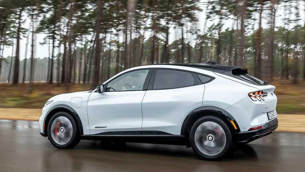 Il profilo della Ford Mustang Mach-E
