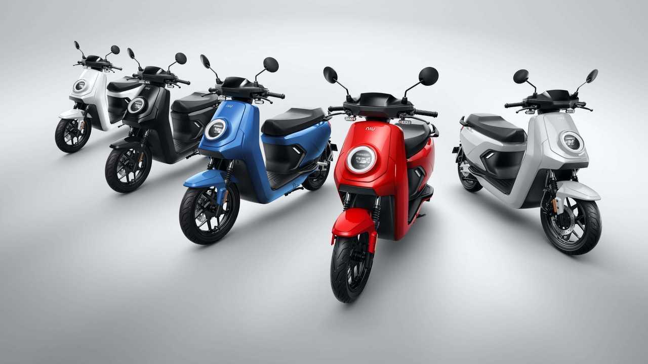 NIU MQiGT Electric Scooter - Colors