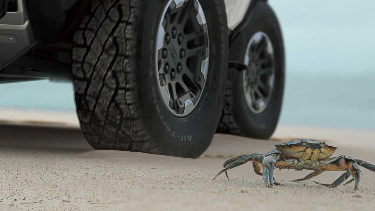 GMC HUMMER EV Crab Wheels