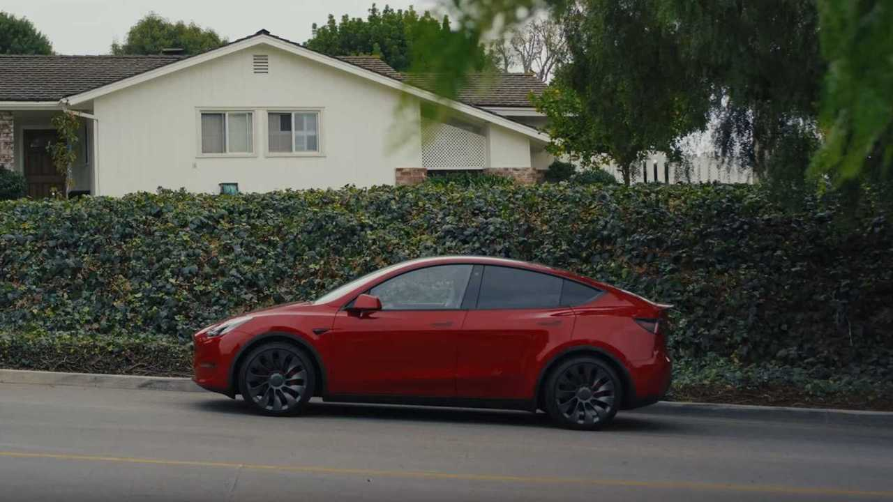 Tesla Model Y (Bild: Insideevs.com USA)