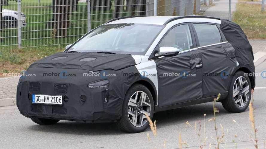 Hyundai Bayon, le prime foto spia del piccolo crossover coreano
