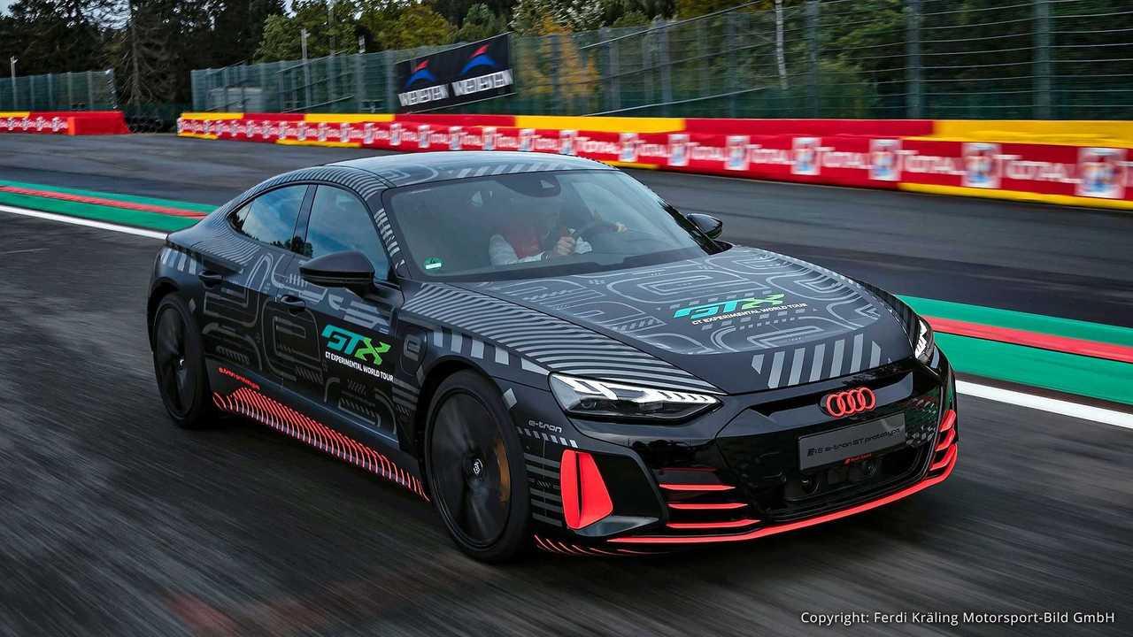 Audi R8 LMS und Audi RS e-tron GT Prototyp (2020)