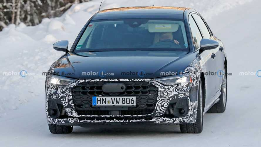 2021 Audi S8 casus fotoğraflar