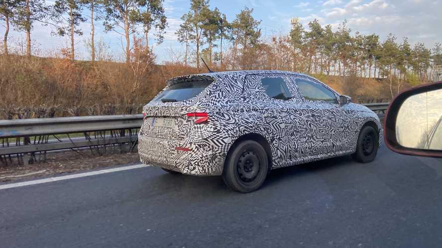 La Škoda Fabia est de retour, ses essais routiers ont débuté