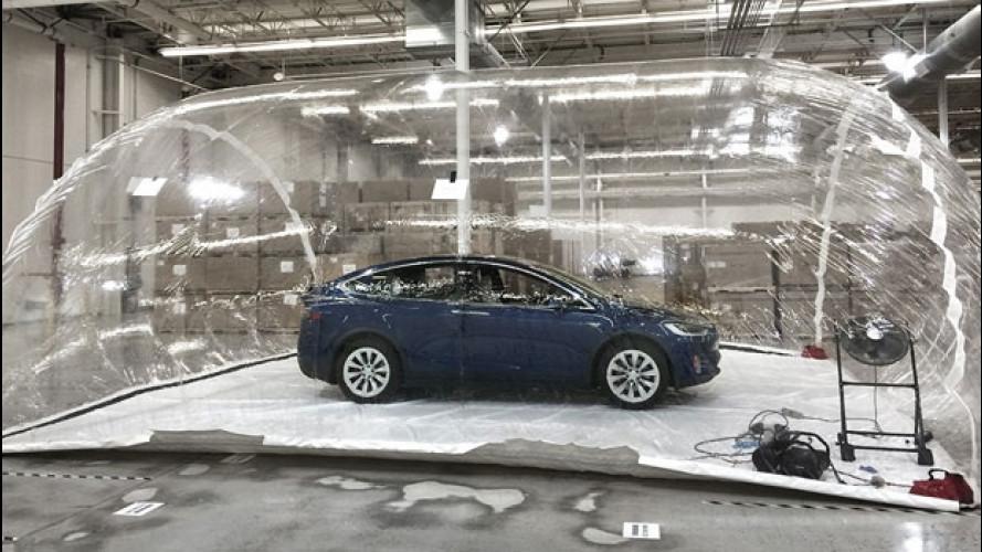 Tesla, la prova del super-filtro dell'aria contro le armi biologiche