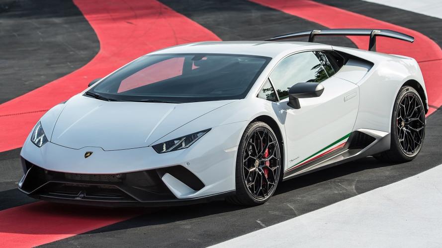 Lamborghini, l'erede della Huracan sarà ibrida