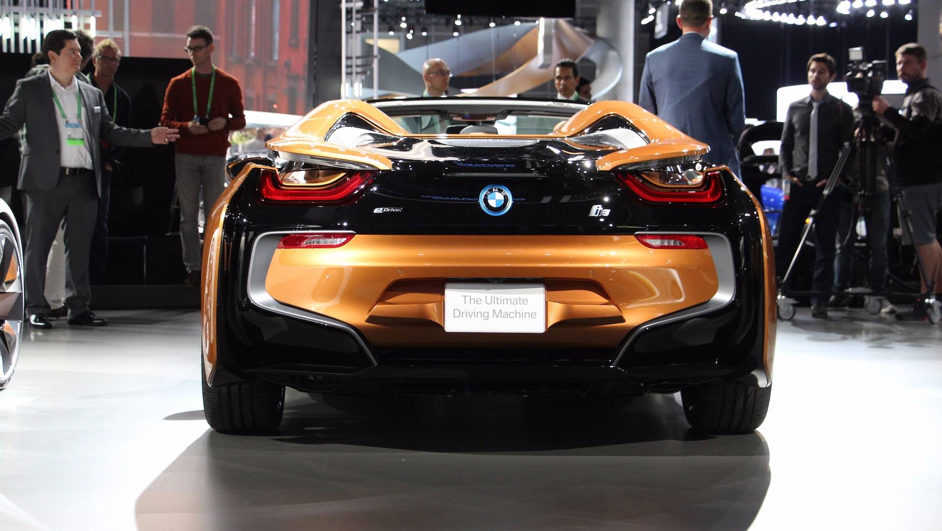 Bmw Promo Makes I8 Roadster Look Ready For The High Tech Future