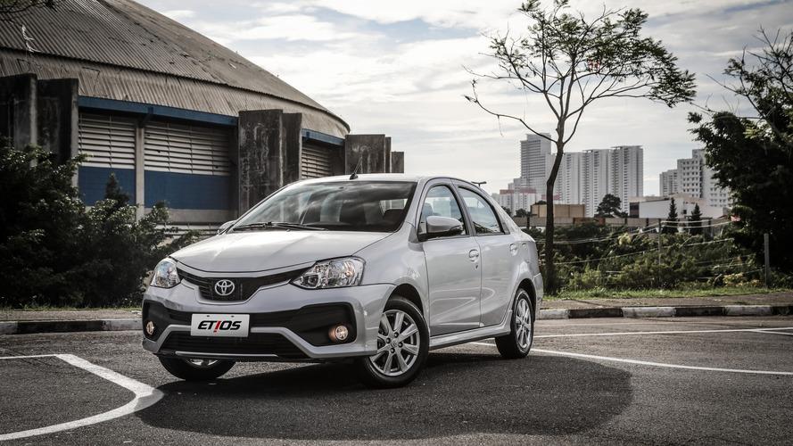 Toyota Etios Hatch e Sedan ficam mais caros em julho