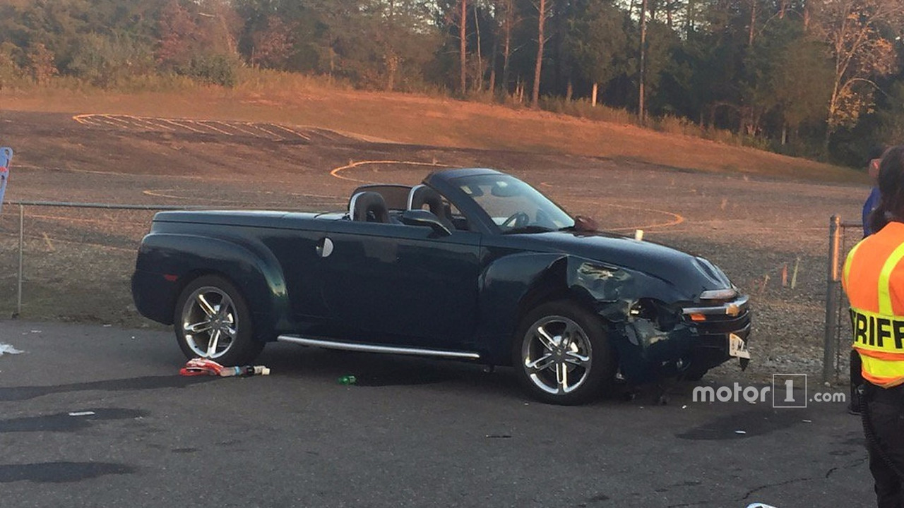 Chevrolet SSR involved in post-race accident | Motor1 com Photos