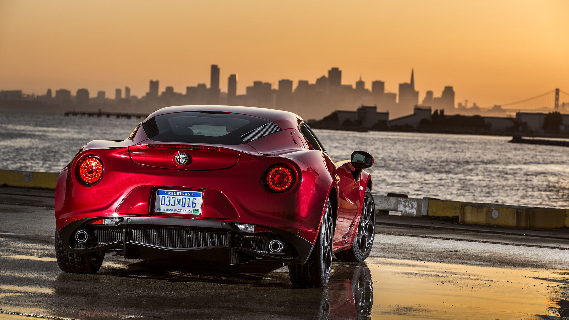 Alfa Romeo C Coupe Gets The Axe But The Spider Lives On - Buy alfa romeo 4c