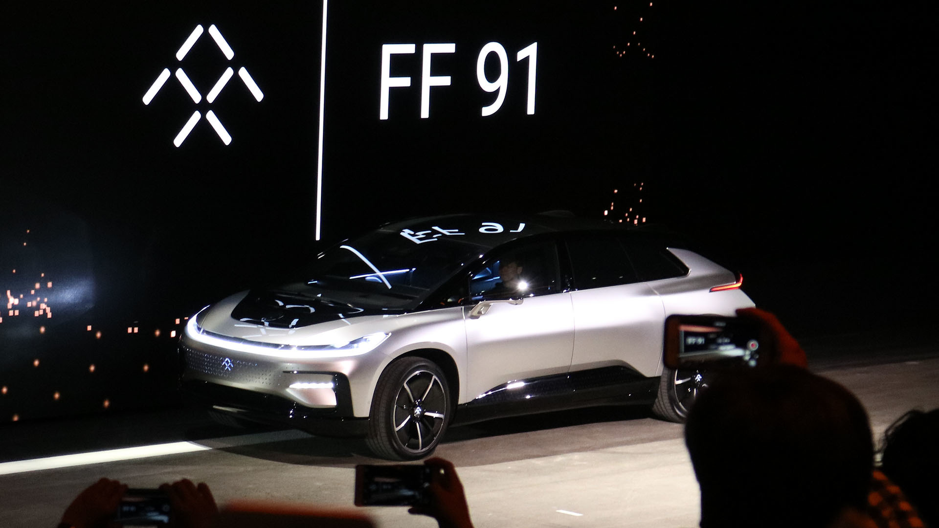 Faraday Future Ff 91 Goofs At Self Parking During Debut