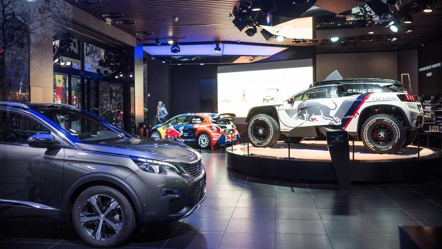 Peugeot - Le Dakar commence dans son showroom parisien !