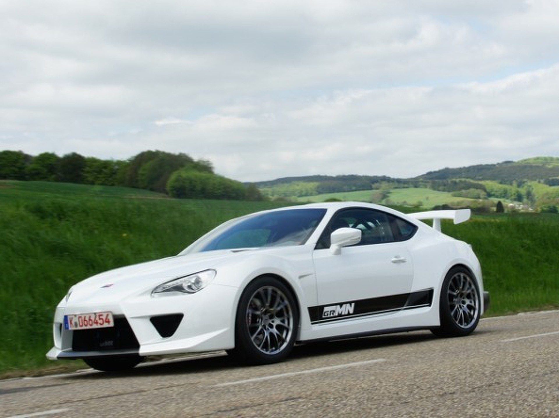 5 Reasons Why Tuners Love The Scion FR-S and Subaru BRZ
