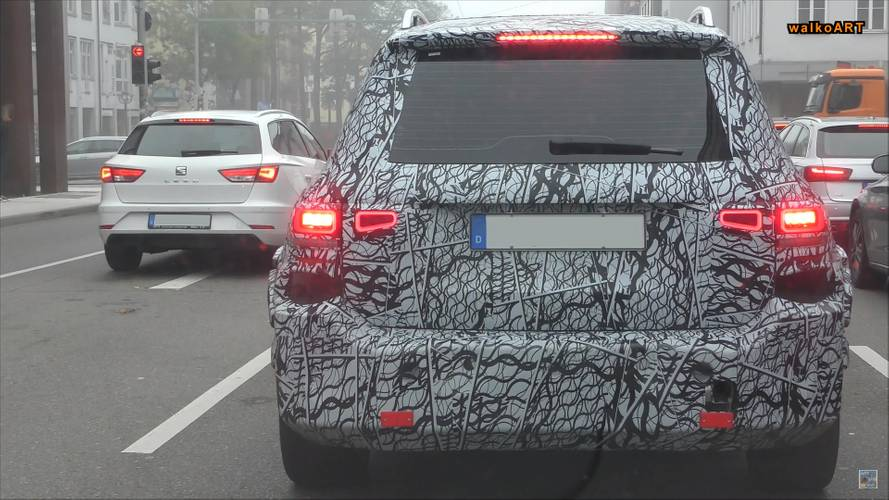 Boxy Backside Of New Mercedes GLB-Class Spied Up-Close