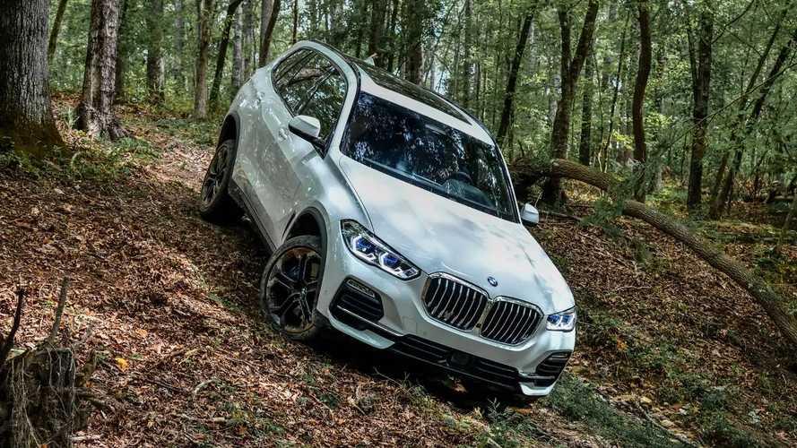 Nuova BMW X5 prova su strada
