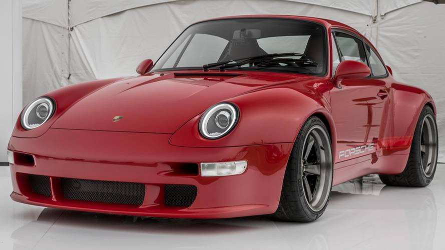 Gunther Werks Covers Its Porsche 911 Carbon Body In Solar Red Paint