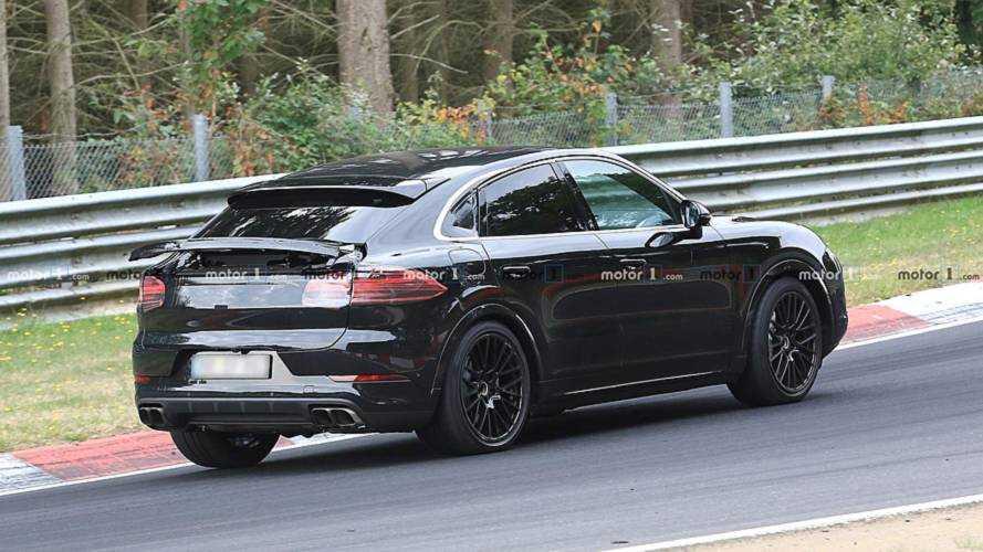 Porsche Cayenne Coupe, ilginç bir arka rüzgarlıkla görüntülendi
