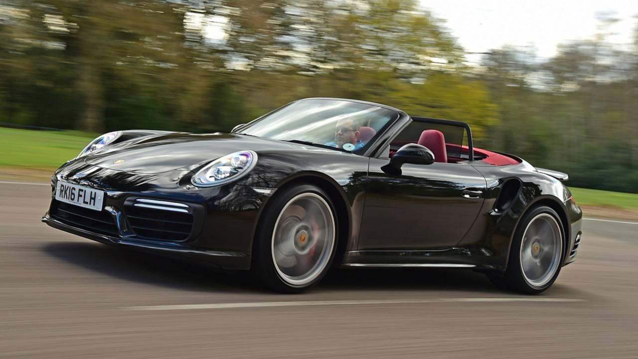 1. 2012- Porsche 911 Cabriolet