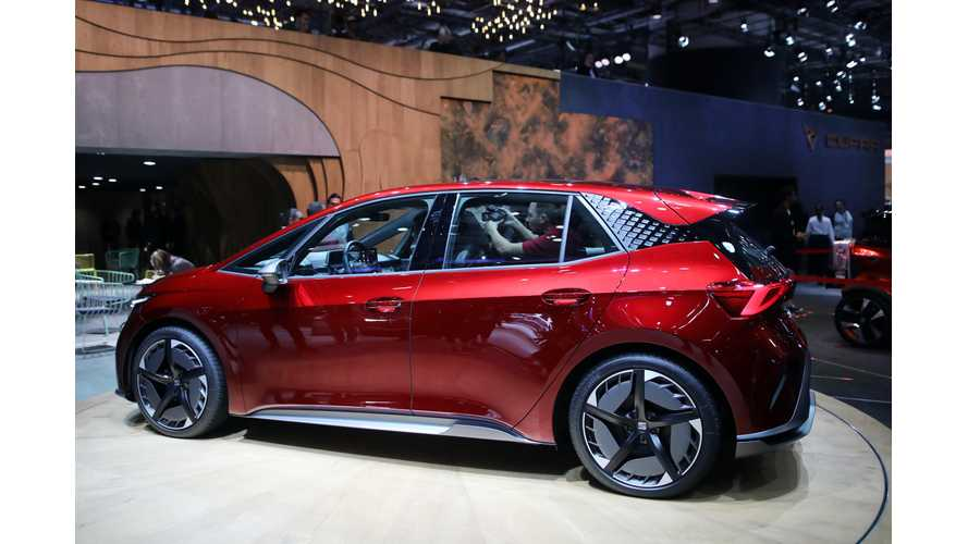 Seat el-Born: A Stylin' Stand Out Hatchback EV In Geneva (Photos/Videos)