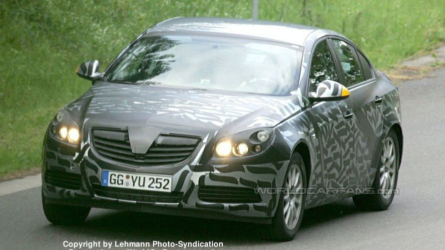 SPY PHOTOS: More New Opel Vectra