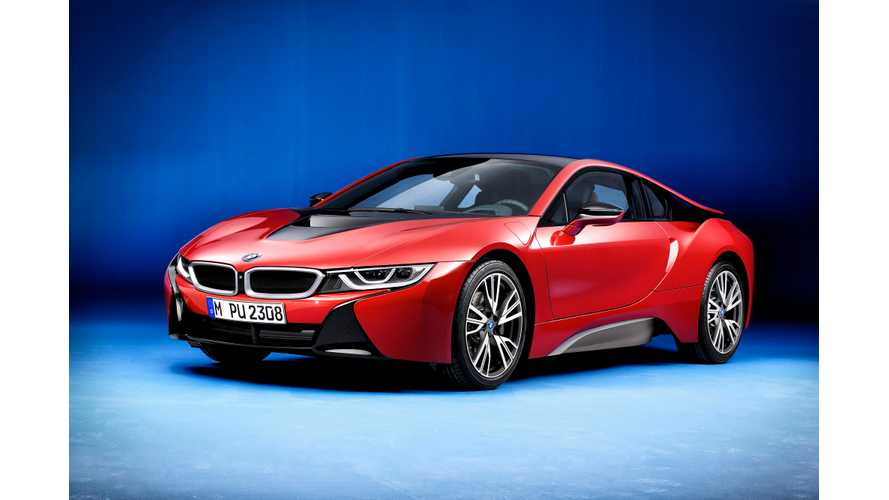 BMW Unveils New Protonic Red i8