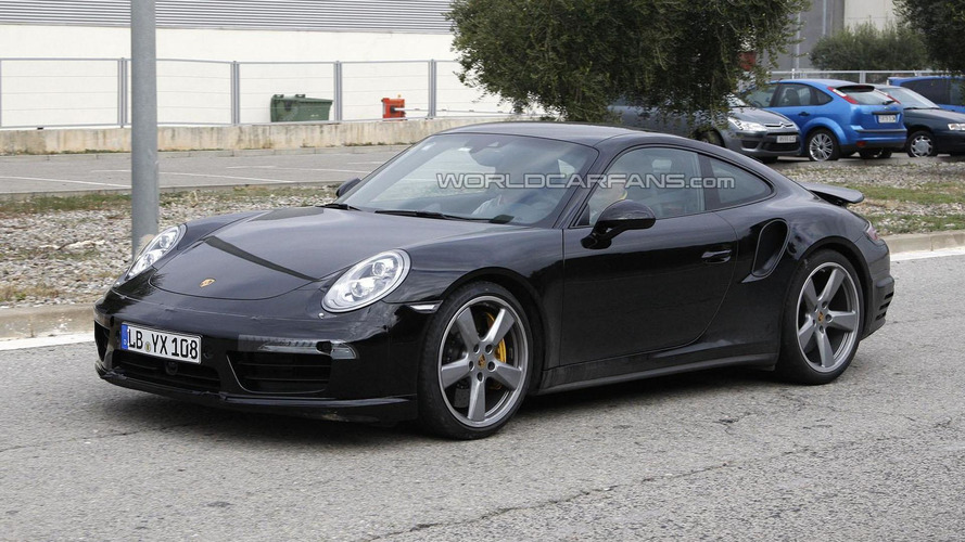 2015 Porsche 911 Turbo facelift spied for the first time