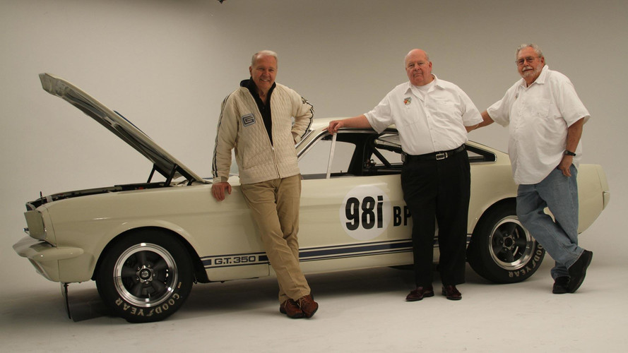 Improved 1965 Shelby GT350R Back In Production With Original Crew