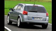 Opel peppt Mittelklasse auf: