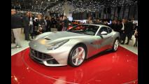 Ferrari F12berlinetta: le sue forme scavate dagli elementi