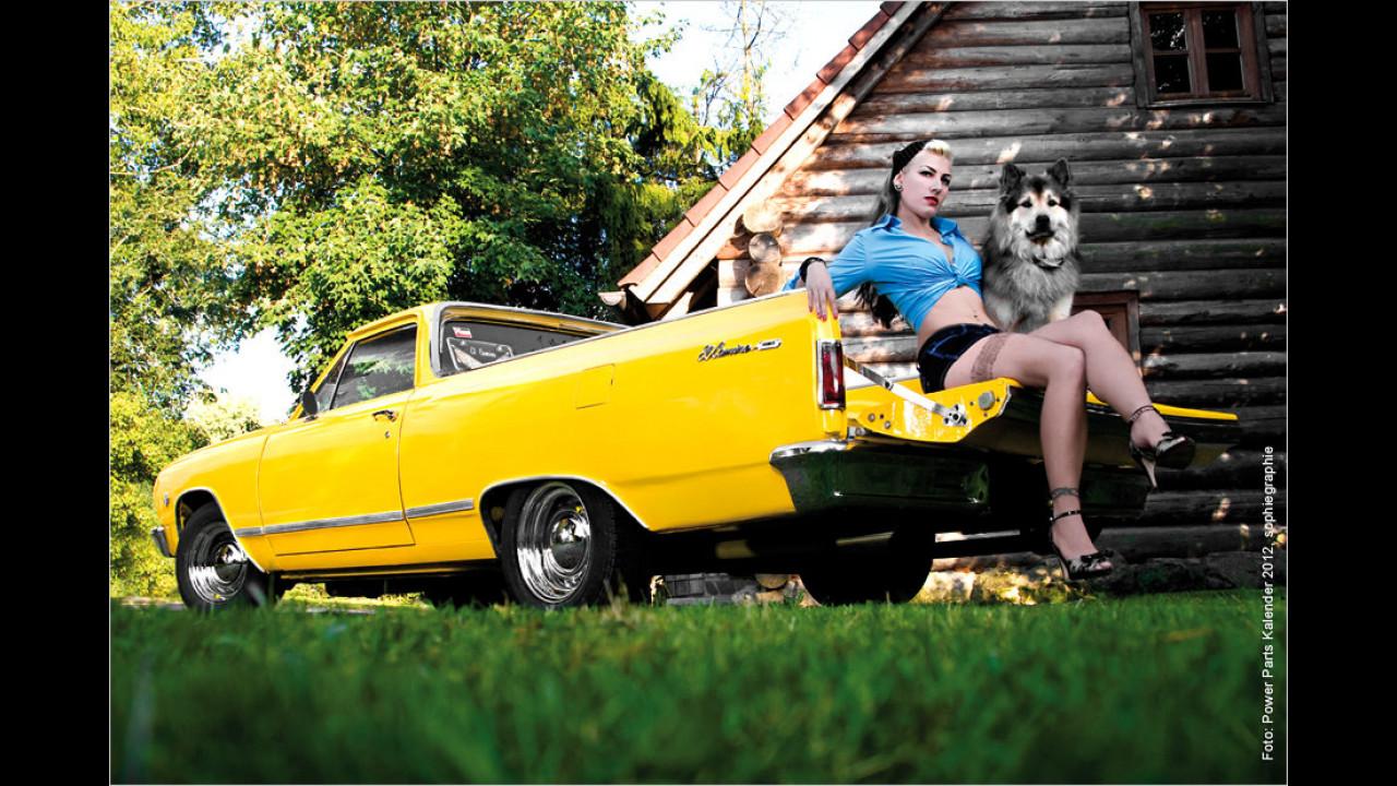 Jeanny und Hund Floyd und der Chevrolet El Camino