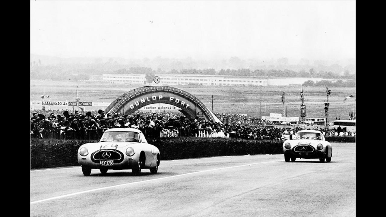 1952: Mercedes 300 SL