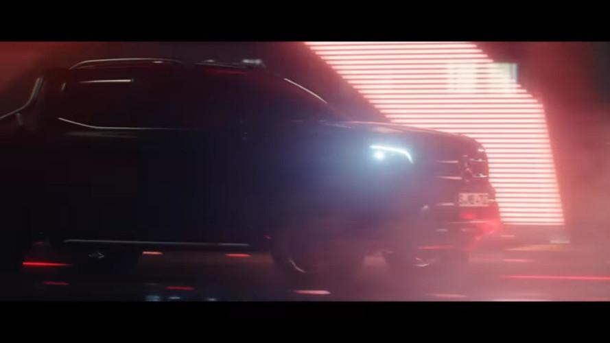 Premier teaser pour le Mercedes Classe X