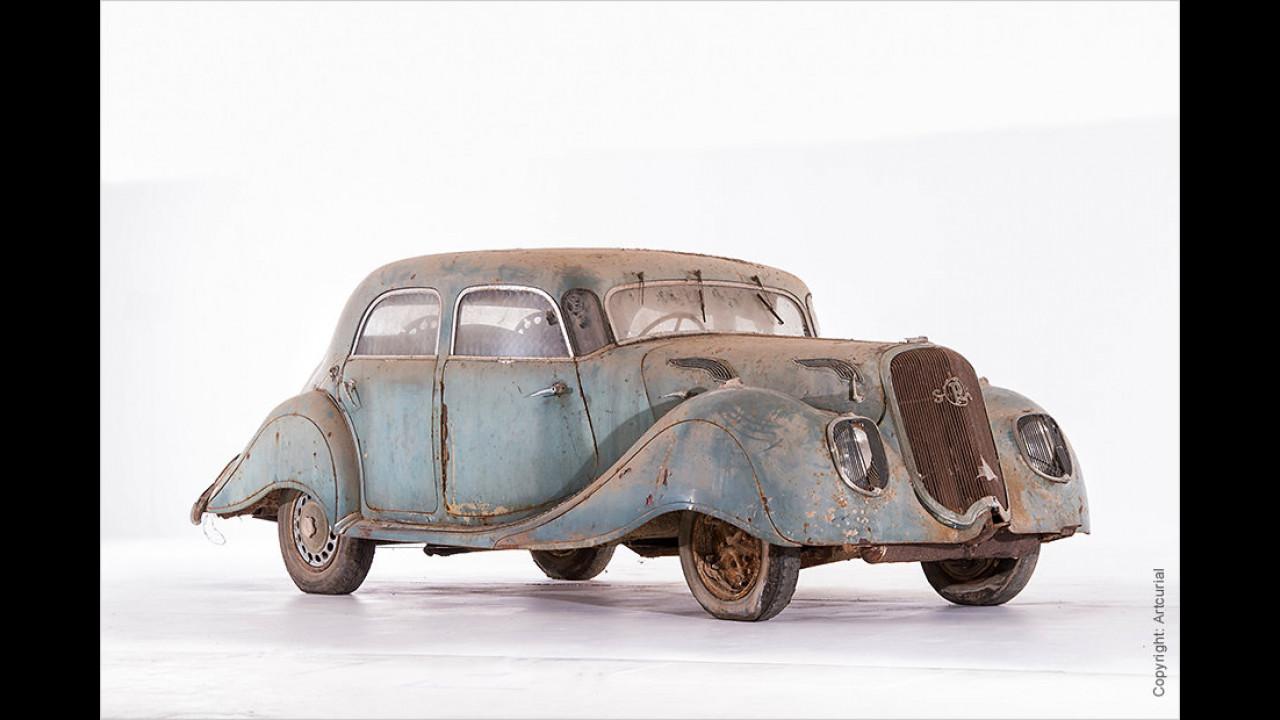 Panhard & Levassor Dynamic X77 (140) Limousine (ca. 1936)