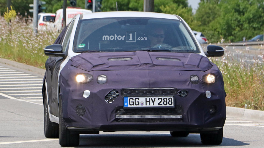 2018 Hyundai i20 facelift spy photos