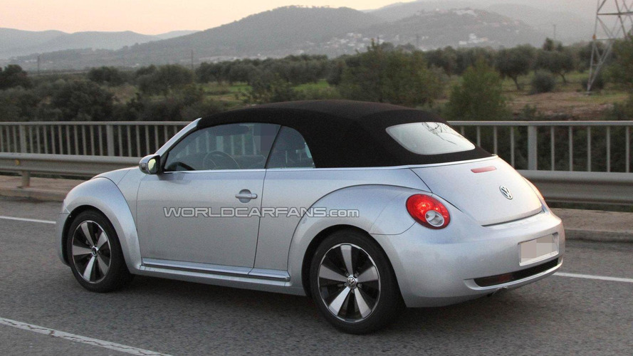 Volkswagen Beetle Convertible confirmed for late 2012 launch