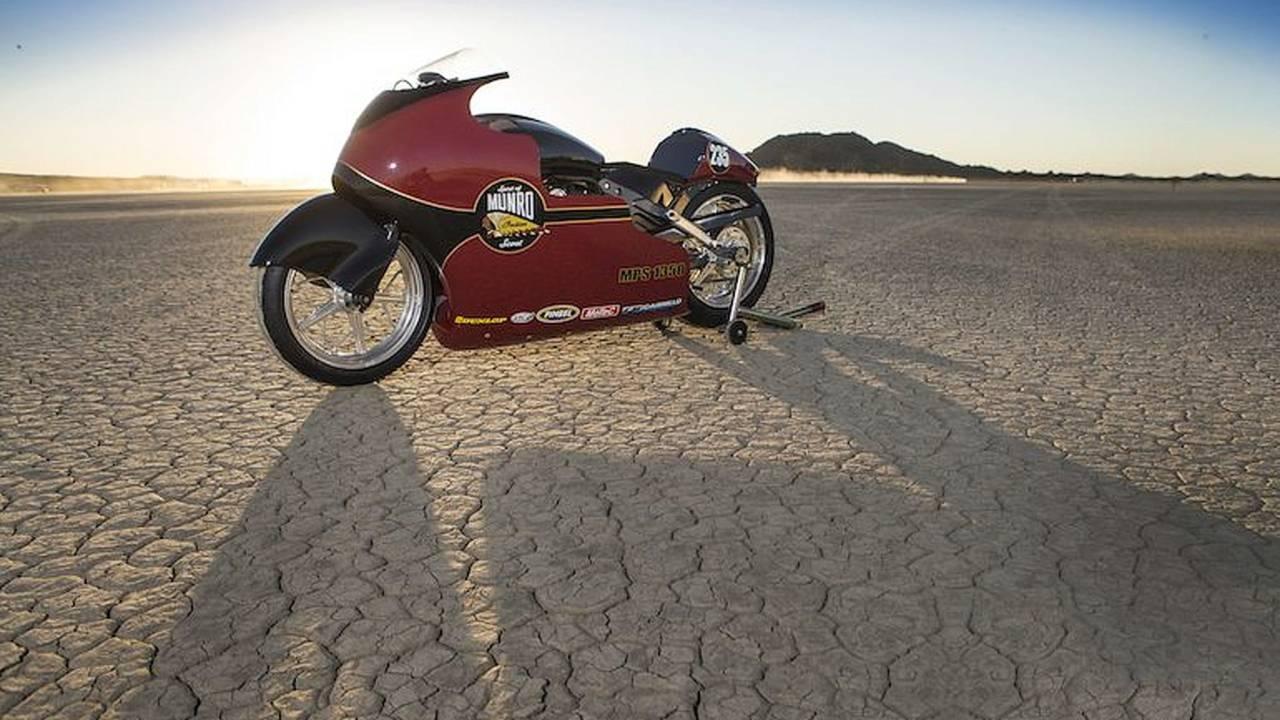 Indian Motorcycle Honors Burt Munro at Bonneville