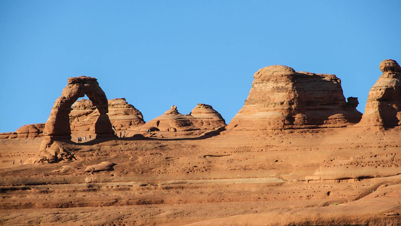 Delicate Arch as seen from the upper viewpoint