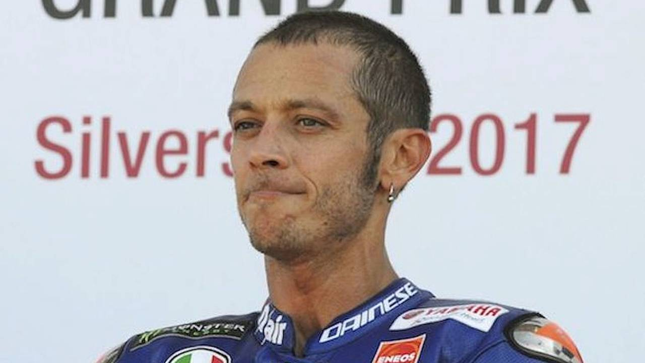Broken Leg May End Rossi's Title Hopes