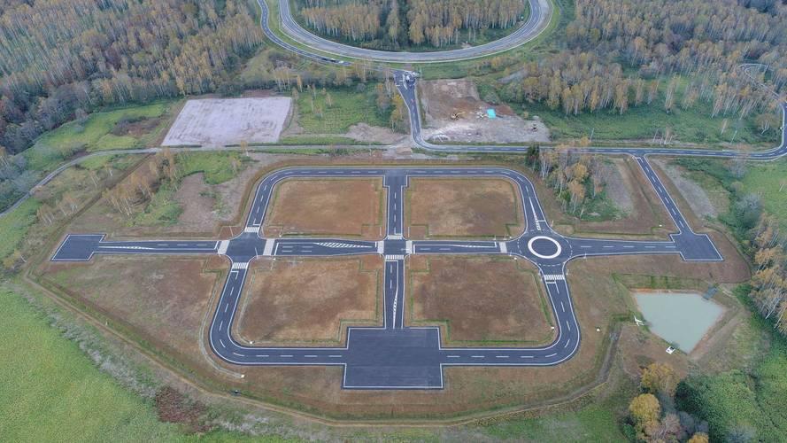 Vadonatúj tesztpályákon fejleszti önvezető rendszerét a Subaru