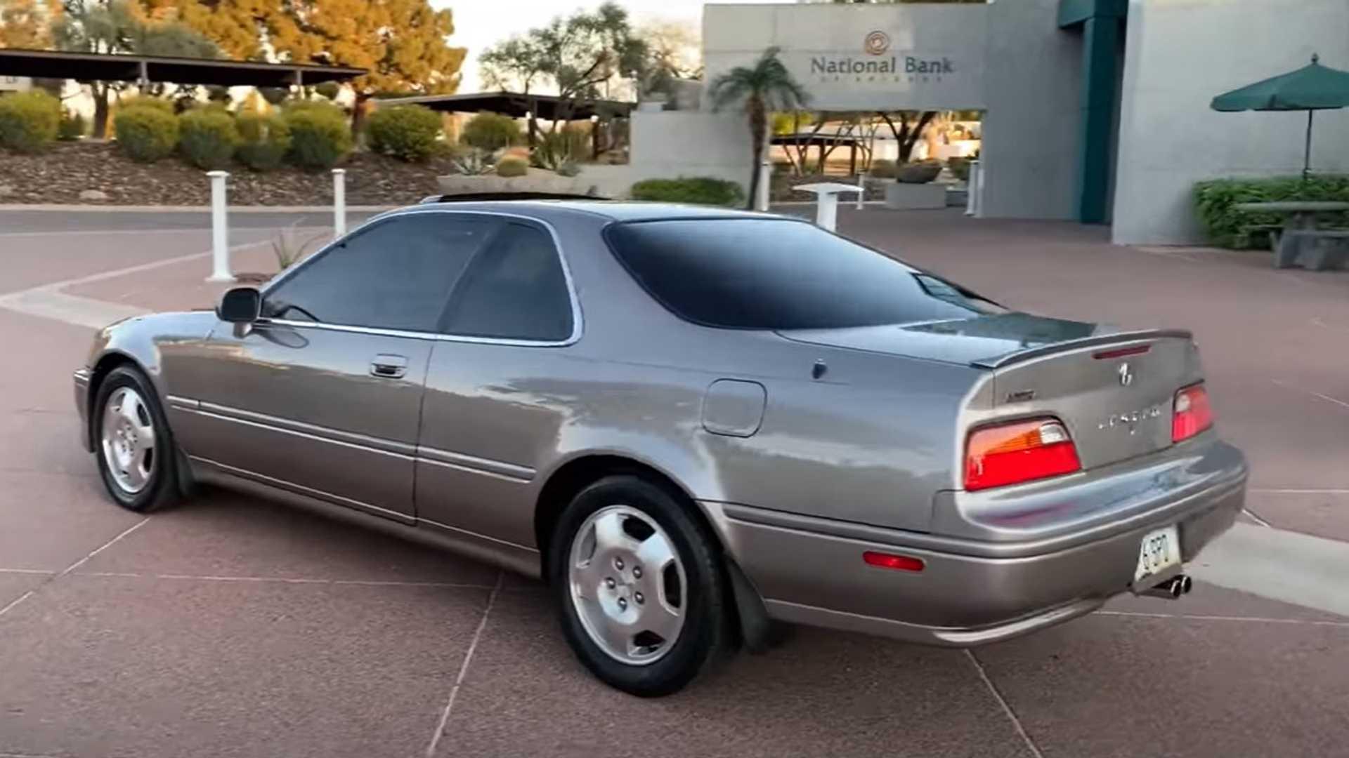 This 572 750 Mile Acura Legend Still Has The Original Clutch