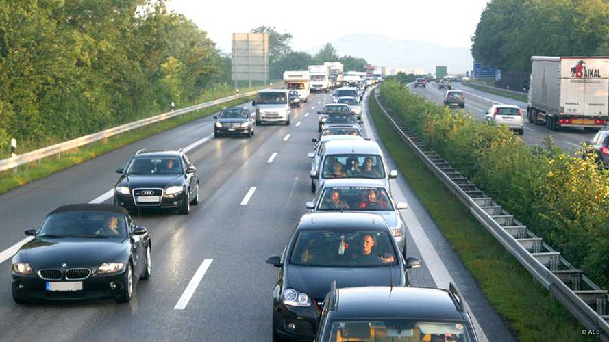 Inrix-Verkehrsstudie: Deutsche Autofahrer stehen 46 Stunden im Stau