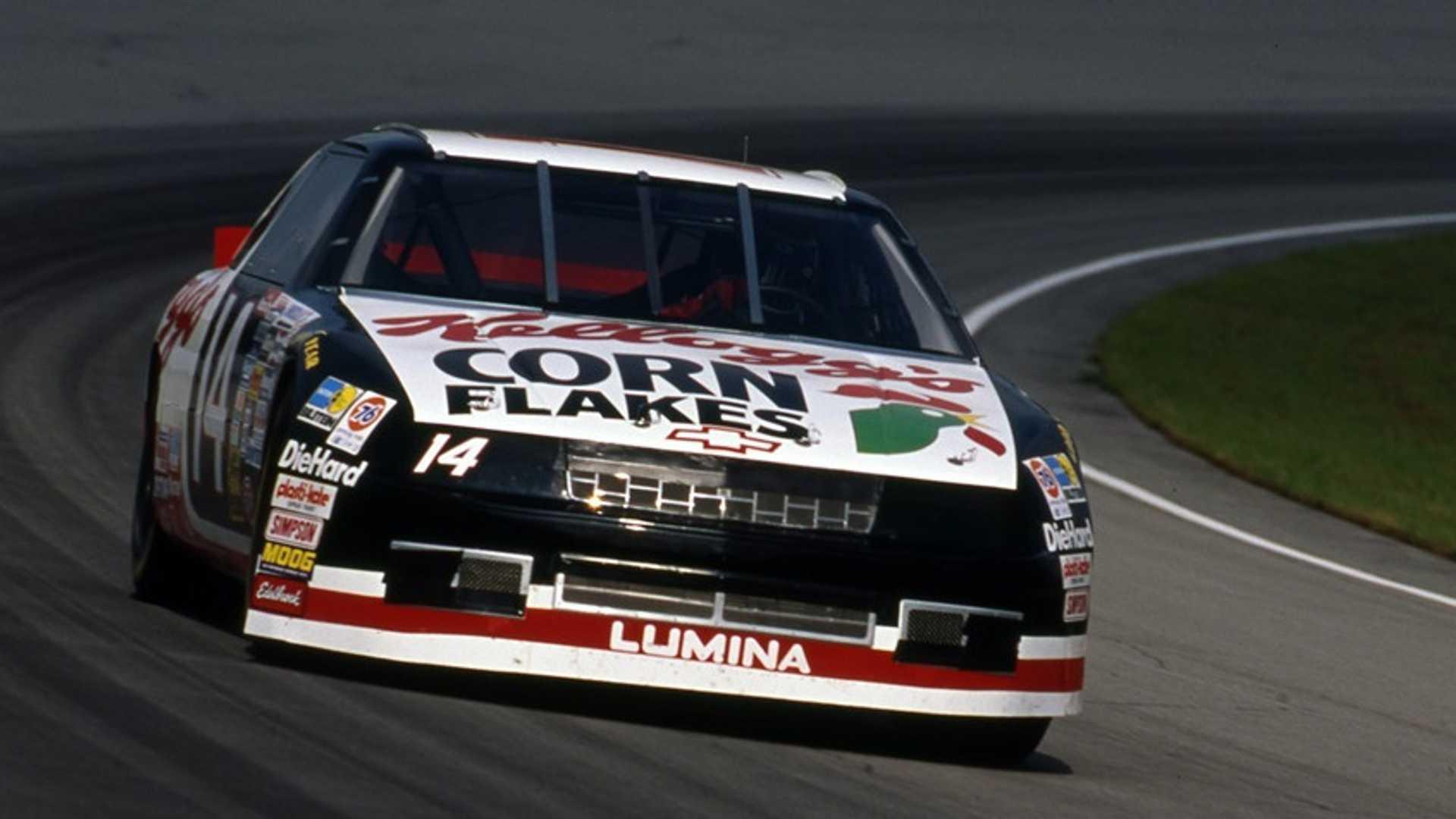 "[""NASCAR, IndyCar Driver John Andretti Dies After Three-Year Cancer Battle""]"