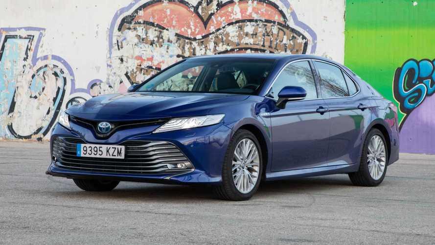 Toyota Camry Hybrid 220H, a prueba: confort y eficiencia van de la mano