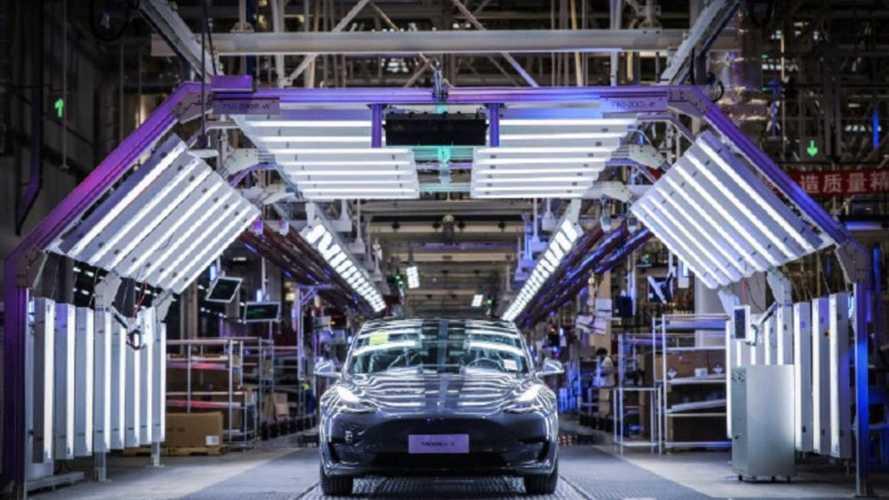 Капитализация Tesla впервые превысила 100 миллиардов долларов